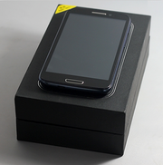 Android смартфон HERO 9300