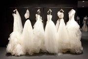 Отпаривание свадебных и вечерних нарядов